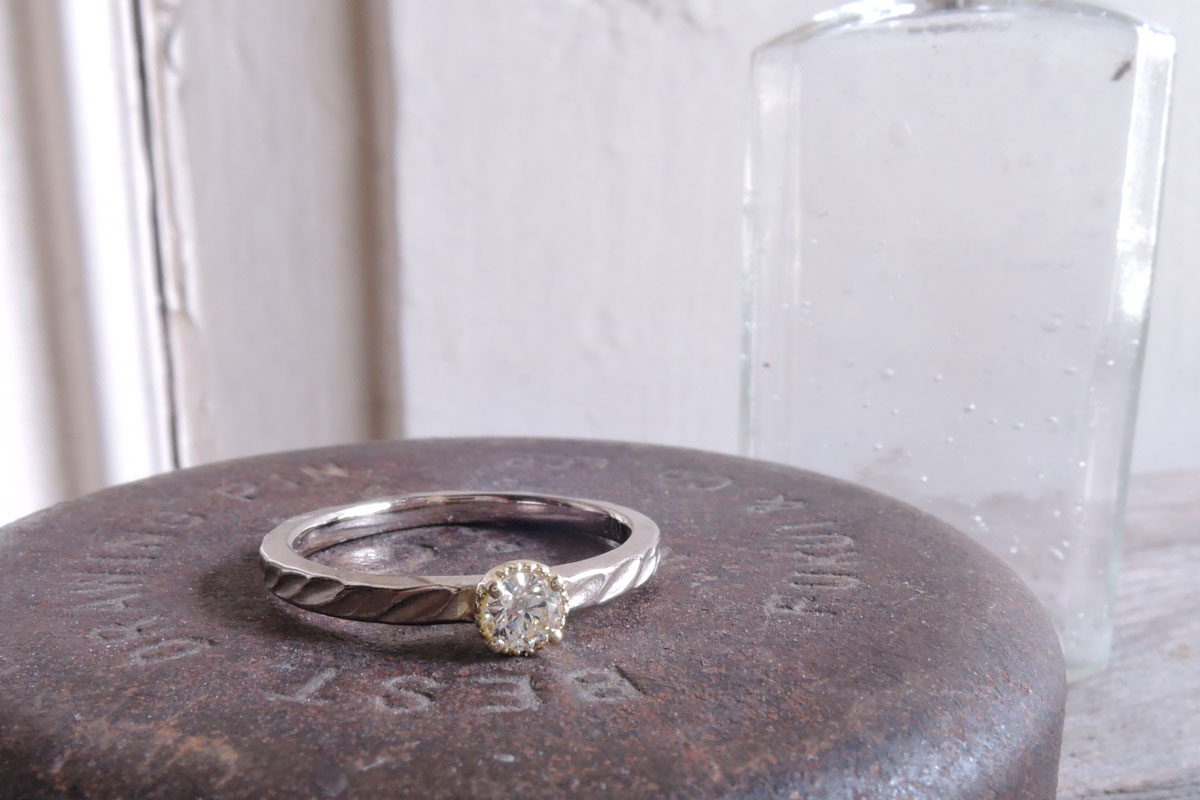 手作り指輪でプロポーズ