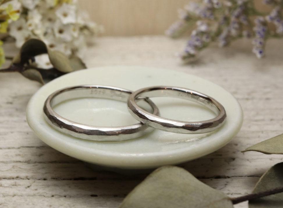 使い込んだ風合い 結婚指輪